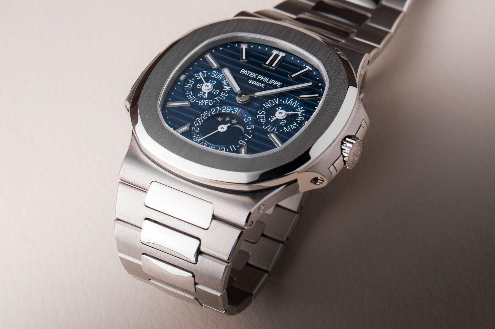 Copy Patek Philippe Nautilus Perpetual Calendar Ref.5740/1G Replica Watches From China